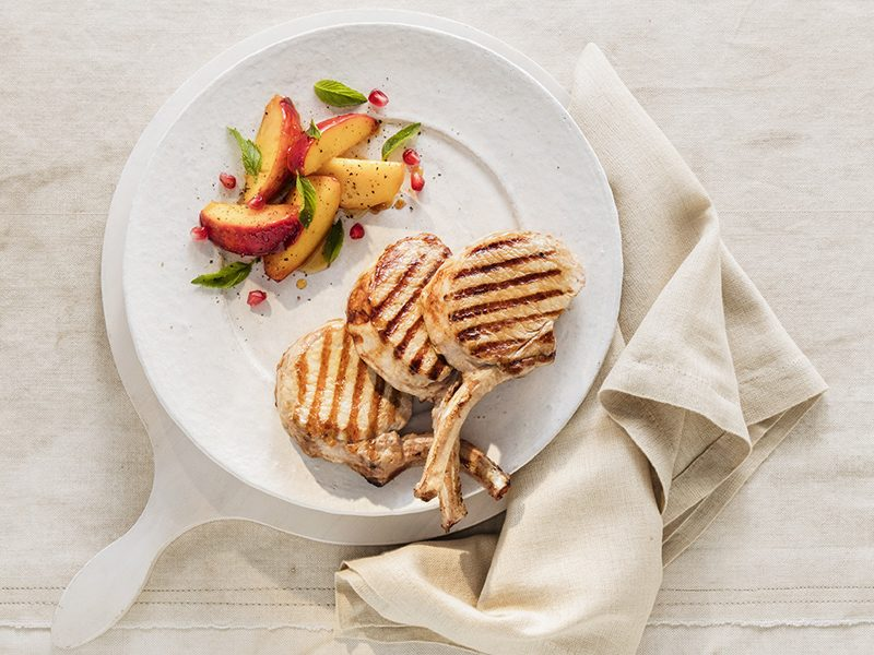 Pork-cutlets-with-grilled-peaches-main